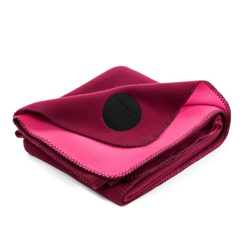 vw_fleeceblanket_wein_hero_vienna_woods_fleece_blanket_rug_grey_wine_red_designer_design_print_fashion_style_home_outside_indoor_sun